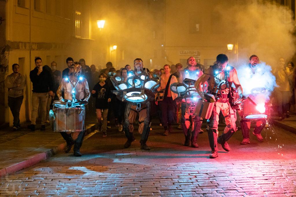 Eröffnung mit Les Commandos Percu | SILBERSALZ Festival 2021 |credit: Joachim Blobel