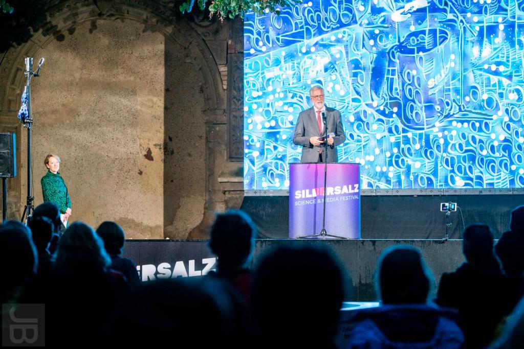 Rainer Robra (Kulturminister Sachsen-Anhalt) am Eröffnungsabend | SILBERSALZ Festival 2021 |credit: Joachim Blobel