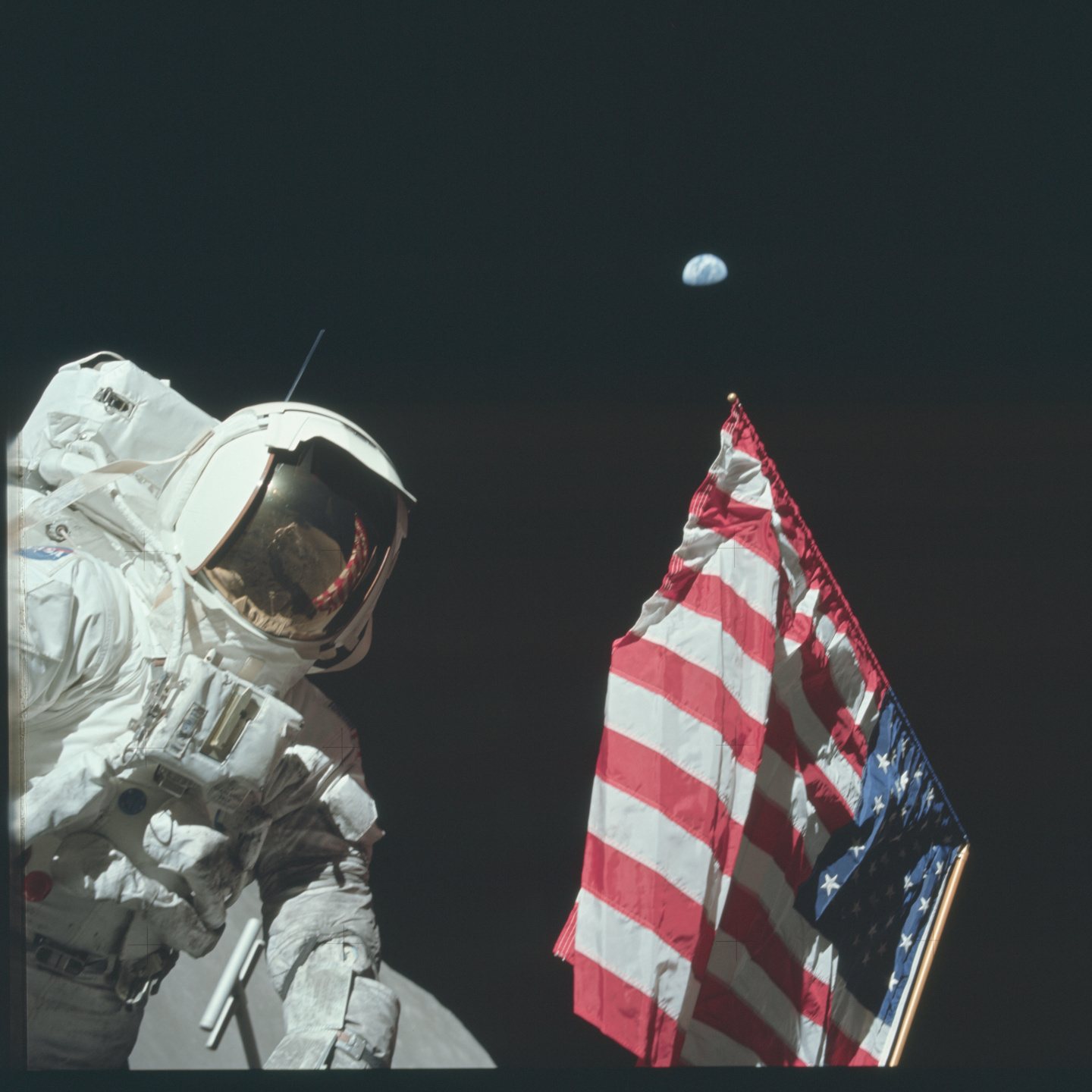 Filmstill of Apollo – Missions to the Moon | NASA/National Archives and Records Administrations (Public Domain)