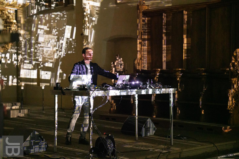 Max Cooper im Dom zu Halle | SILBERSALZ 2021 |credit: Joachim Blobel